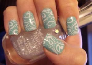 Blue and White swirls nailart by Kayla