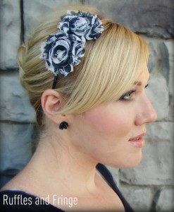 Elegant hair accessories: Shabby chic floral headband - good for weddings